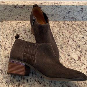 Franco Sarto - Gray Suede Booties - SZ 10 M